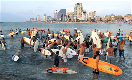 Promised Land: Israel through the Eyes of Surfers