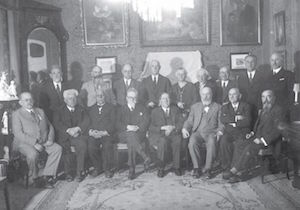 Participants in the First Zionist Congress meet in Jerusalem in 1938.. (photo credit:Wikimedia Commons)