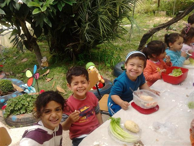 Children's seder, Israel