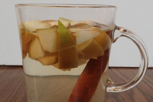 Apple Cinnamon Tea